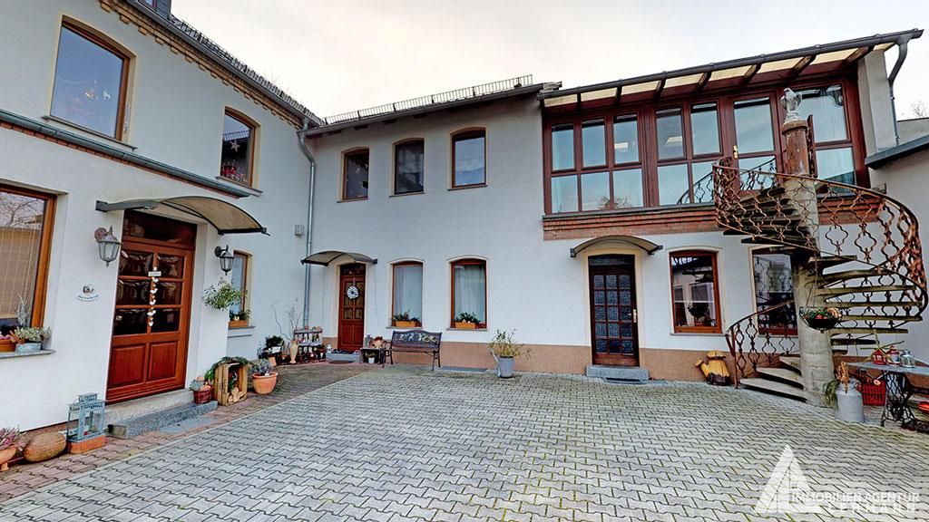 Stadtvilla-mit-Luxusausstattung-in-Halle-Saale-Ansicht Wohnhaus